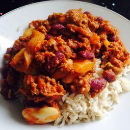 Chilli Con Carne. Recipe here: https://kellsslimmingworldadventure.wordpress.com/2015/06/03/recipe-chilli-con-carne/