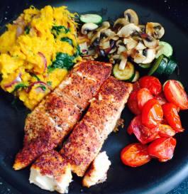 Cajun salmon with speed sweet potatoes and balsamic roasted tomatoes. Recipe here: https://kellsslimmingworldadventure.wordpress.com/2015/06/10/recipe-cajun-salmon-with-speed-sweet-potatoes-and-balsamic-roasted-tomatoes/